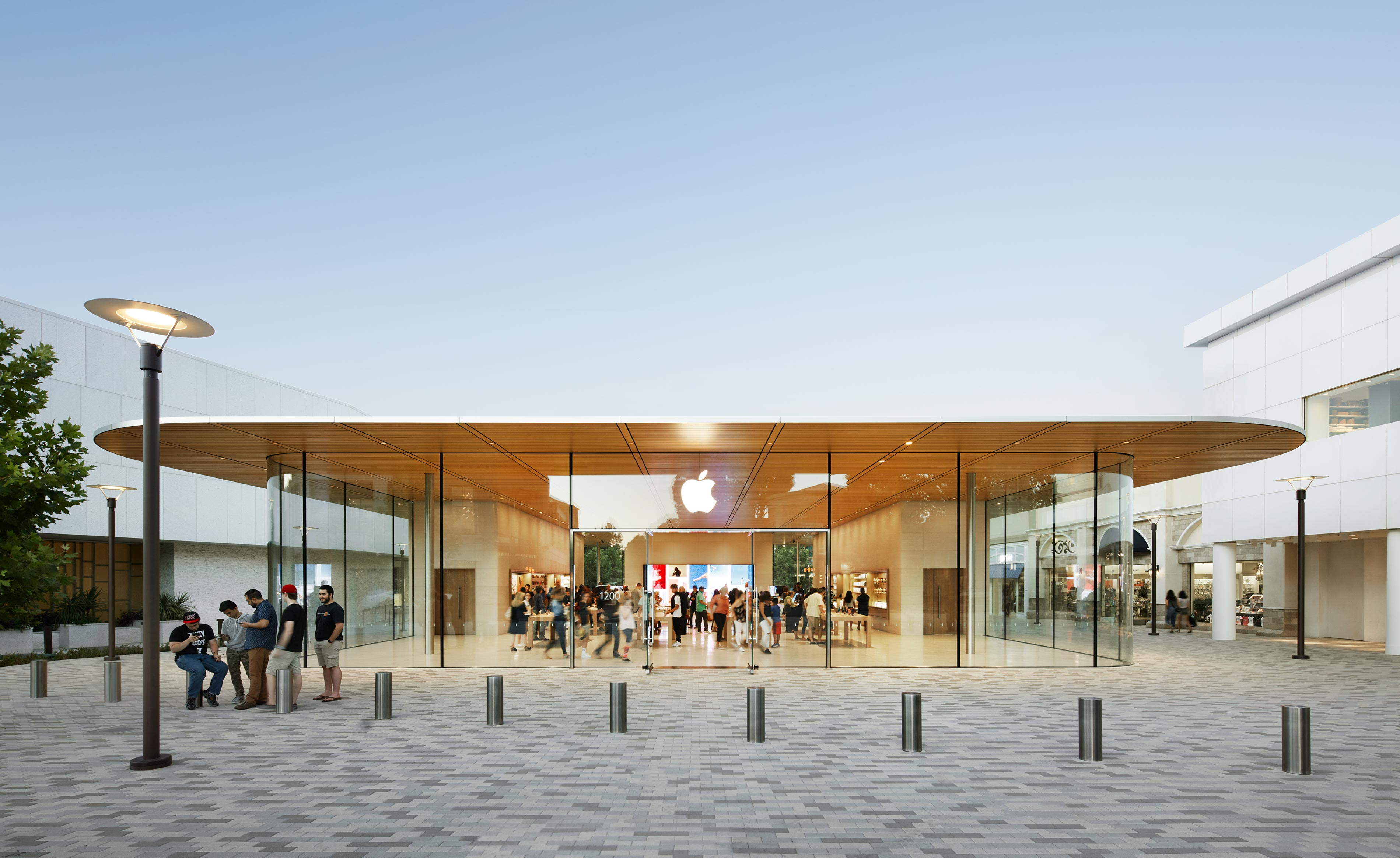 BCJ-Apple_Broadway_Plaza-2596